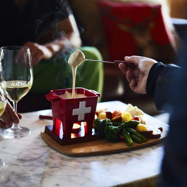 Astra Lodge bar and restaurant experiences
